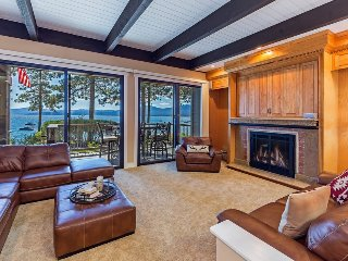 Stunning Lakefront Brockway Springs Home