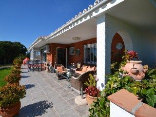 Villa en una sola planta completamente equipada entre Fuengirola y Mijas.