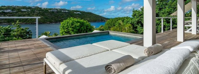 Villa Teora 1 Bedroom (Located Within Walking Distance From Marigot Beach, This