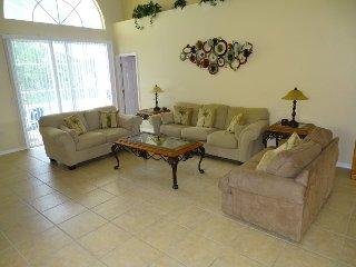 124WS. Luxury Pool Home On Corner Lot Near Disney