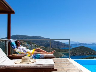 Luxury villa with private pool, sea views in Lefkada