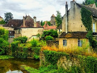 La Maison Du Pont (The Bridge House along the Canals of the Bourgogne River)