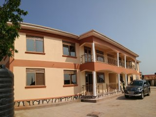Executive Vacation Home In Kitende, Entebbe Road
