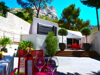 New Luxurious Villa in the heart of Marseille