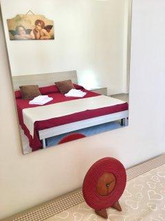 AURORA: Camera da letto matrimoniale
