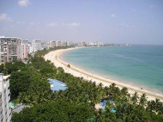Amazing Ocean Front View Studio - Beach Front/ Beach View/ Ocean View 2 Q Beds
