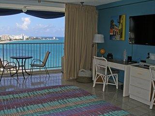 Puerto Rico - Isla Verde Beach - Full Ocean View, Beach Front WIFI Free Parking