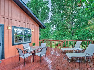 NEW! 3BR Black Forest House w/ Vast Deck & Firepit