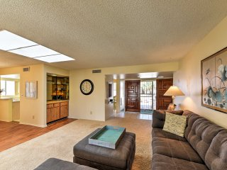 NEW! 2BR Sun Lakes House on Cottonwood Golf Course