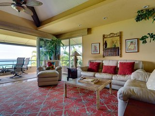 Oceanfront condo w/ tranquil views, resort pools & hot tubs - near beach!