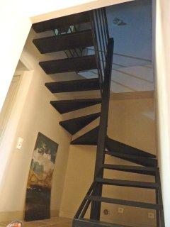 escalier d'accès à la chambre loft