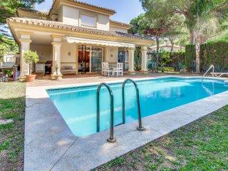 Villa España, Villa con Piscina y cerca de la Playa
