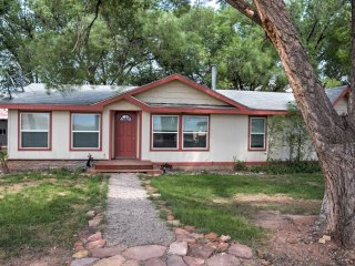 NEW! Quiet 3BR Bedrock House in a Red Rock Valley!