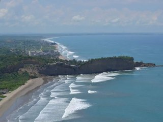 Olon, Ecuador Condo..Magnificent Beach in Ecuador