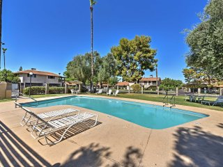 NEW! Cozy 2BR Scottsdale Condo w/ Community Pool!