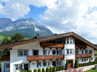 SUPERB 2-BEDROOM APARTMENT IN SCHEFFAU, CLOSE TO GONDOLA