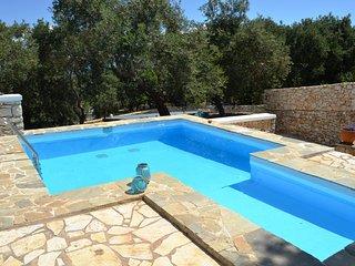 Sea View Unique studio with private pool B&B