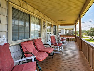 Lovely Kill Devil Hills Cottage - Walk to Beach!