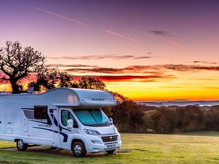 Motorhome Hire Sussex & Campervan Hire Sussex, with Motorhome It Now.
