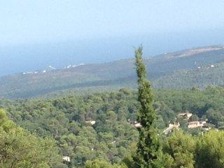 Location d'une villa  prestige et panoramique 4 chambres,piscine chauffée,tennis
