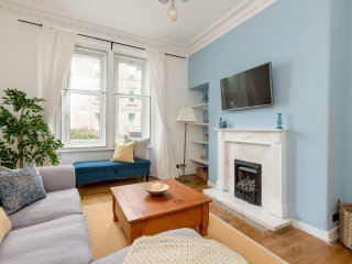 The NOOK | A charming two bedroom apartment located in the heart of Edinburgh.