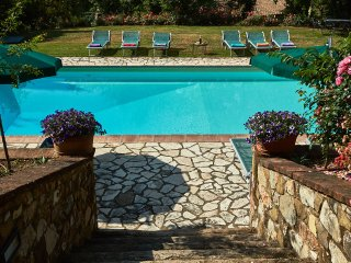 Elda Studio in villa with swimming pool,