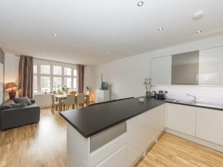 Grand Apartments - Hammersmith, Flat 2