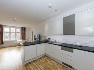 Grand Apartments - Hammersmith, Split Level