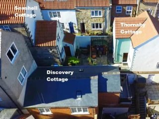4*Discovery cottage with parking dogs welcome centre of town next little A /Elsinore