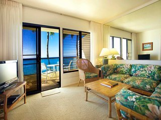 Roomy w/Great View! Island Decor, Lanai, Kitchen, WiFi, Laundry–Poipu Shores
