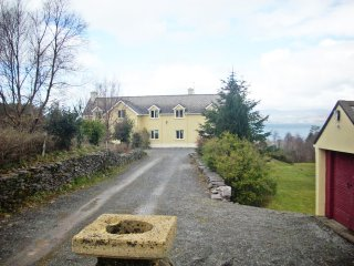 Stately house, overlooks Dingle Bay