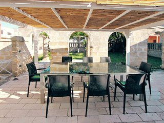 Beautifully restored stone house near the salento coast w/ air con & courtyard
