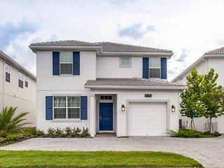 5Bd Storey Lake House (4785) - Disney