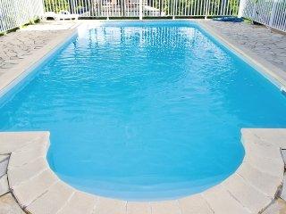 Studio flat with swimming pool