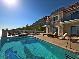 New! Villa Mirna, amazing sea views & heated pool