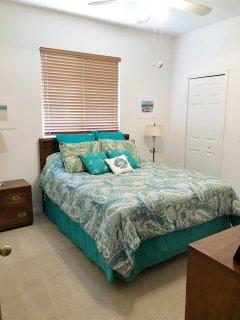 Guest Bedroom 2 (Queen Sized Bed)