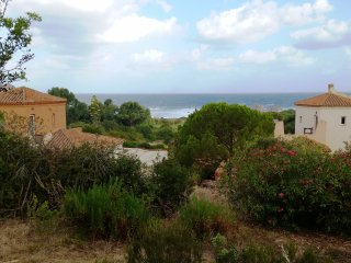 Comfortable Sea View Cottage-Apartment With Sun Terrace, Near The Beach