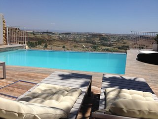 New Villa/House of character with cliff edge infinity pool with fantastic views