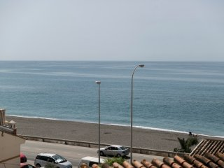 Luxury apartment 30 meters from the beach