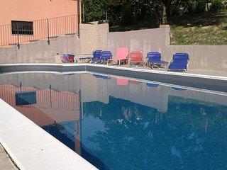Casa con piscina 'Casa del more'