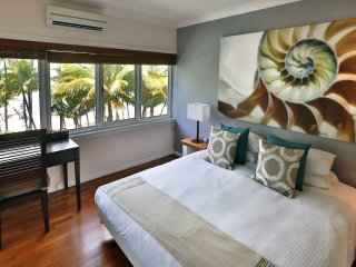 Alamanda Beachfront | 3 Bedroom Luxury Apartment