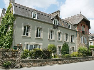 Brandily Apartment, Lehon, Dinan, Brittany