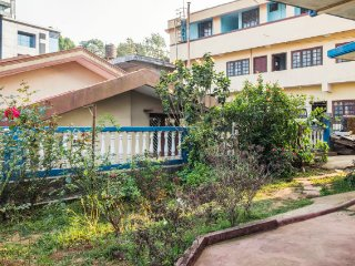 Rejuvenating stay for large group, 700m from Raja's Seat Mantapa