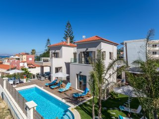 Villa Marina Mare / Walking distance to the beach and stores