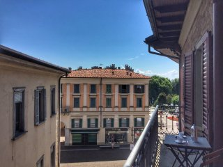 Flavia apartment in the center of Verbania Intra in the central square