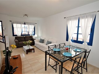 Casa Linda located in Playa Blanca at 260 mts from the sea and 400 mts of sandy