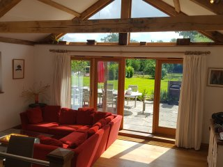3 Bed (Ensuite) Rural Quirky Contemporary Openpan Oak Frame House & Barn Studio