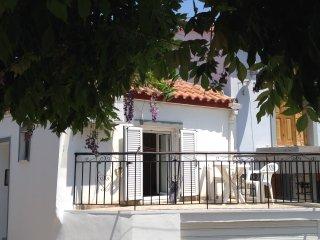 Ferienhaus 'To Spiti' im Bergdorf Lafionas bei Petra auf Lesbos