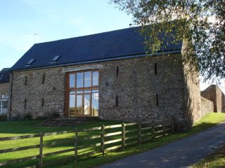 Quality barn conversion in beautiful rural Herefordshire.