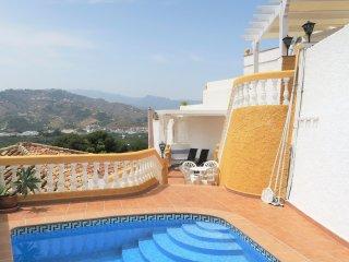Villa Sol with fantastic sea view, priv. Pool WiFi